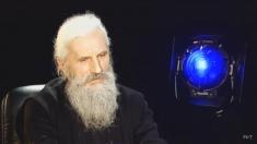 """Călugărul care şi-a vândut Oltcit-ul, la """"Profesioniştii"""""""
