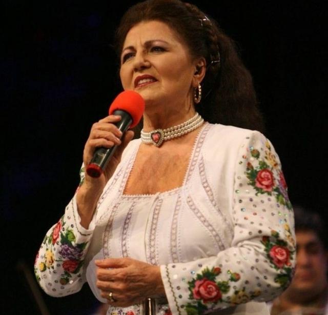 (w640) Irina Logh