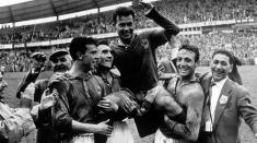 Just Fontaine – 13 goluri marcate la un turneu final de Campionat Mondial