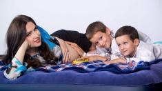 """Iulia Zgripcea a născut cel de-al treilea copil. """"Am un băieţel sănătos şi activ"""""""
