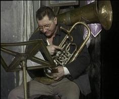 Spectacolul SINUCIGAŞUL de Nikolai Erdman
