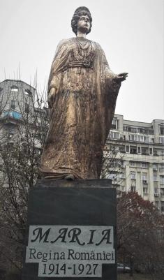 (w235) Statuia Re