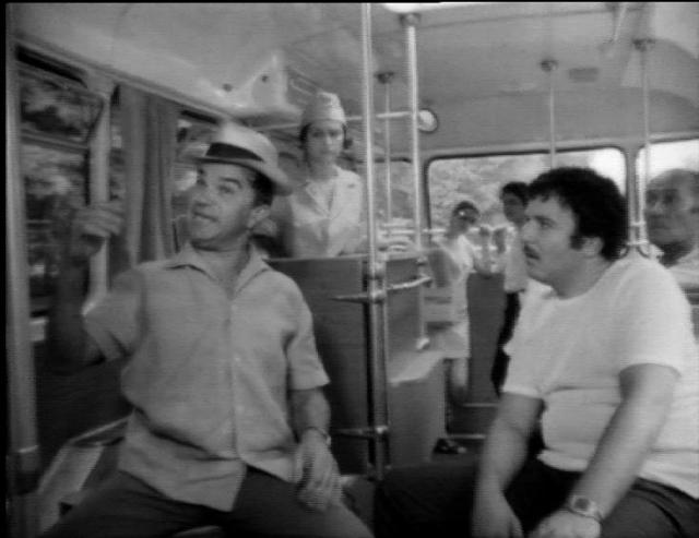 (w640) Autobuz