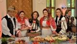 Iuliana Tudor ne invită La masa de Paşti, alături de generaţia de aur din folclor