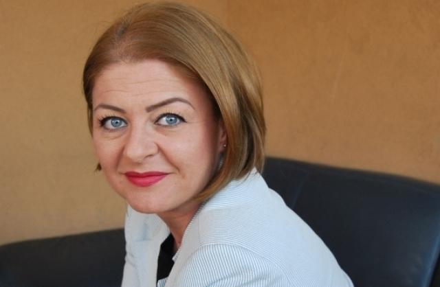 Angela Precup