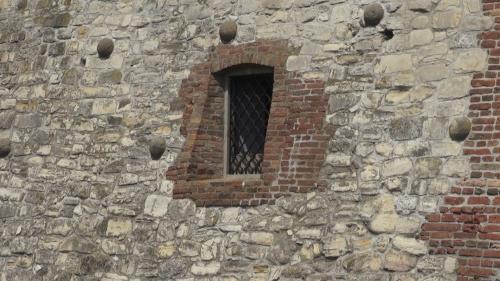 (w500) FortăreaÈ