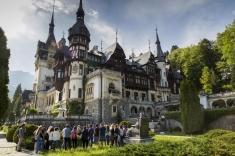 Principesa Maria, ajutată de studenţi să revitalizeze Parcul Castelului Peleș