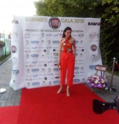 Iuliana Tudor, premiată pentru promovarea folclorului şi tradiţiilor la TV