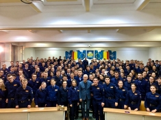"""VIRGIL IANŢU - ora de """"CÂȘTIGĂ ROMÂNIA!"""" la Academia de Poliţie"""