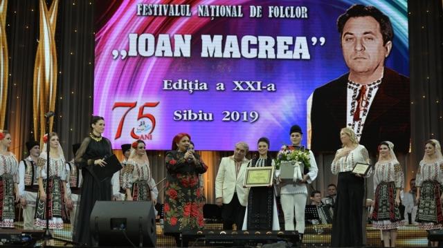 (w640) Ioan Macre