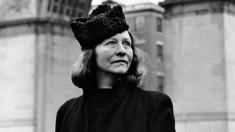 PORTRET: Edna St. Vincent Millay – lebăda sălbatică