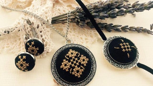 Elza - bijuterii din ii