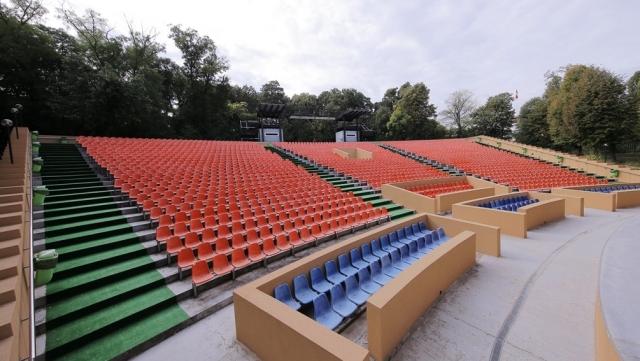 (w640) Teatrul de