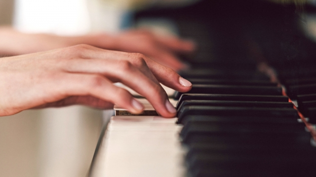 Pian - muzica clasica - instrumente muzicale