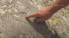 #IstoriiAscunse: Cornel Galescu și misterul inscripției de pe Muntele Mic | VIDEO