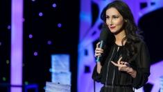 25 de poveşti cu artişti români celebri, de 1 Decembrie, la