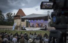"""Festivalul de Film și Istorii de la Râșnov şi Vox Maris Band din Chicago, la """"Remix"""""""