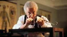 În fiecare vineri, la TVR 1 avem miniseria BBC despre cel mai faimos detectiv