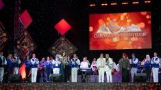 Iuliana Tudor prezintă Festivalul de Folclor Cântecele Munţilor la TVR1 | VIDEO