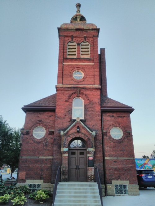 (w500) P biserica