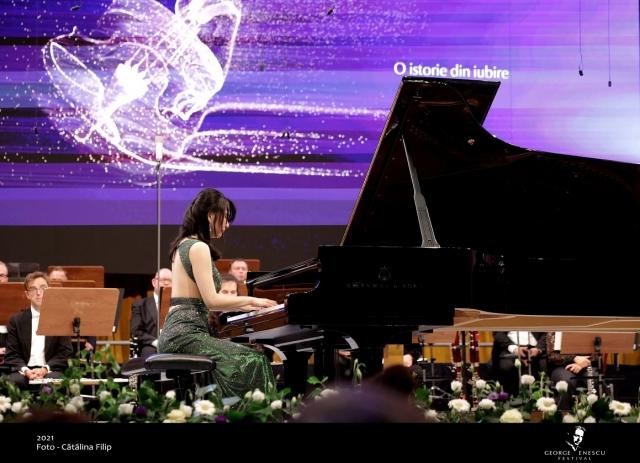 (w640) Pianista S