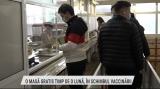 O masă gratis timp de o lună, în schimbul vaccinării | VIDEO